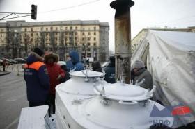 Санкт-Петербург встретил Дары волхвов морозом и километровой очередью