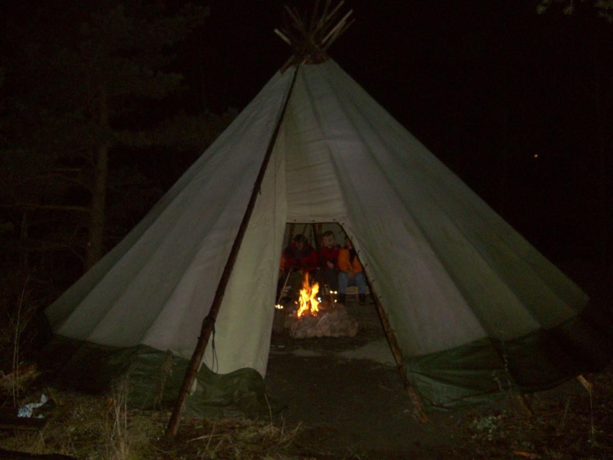 Палатка Лавву 40